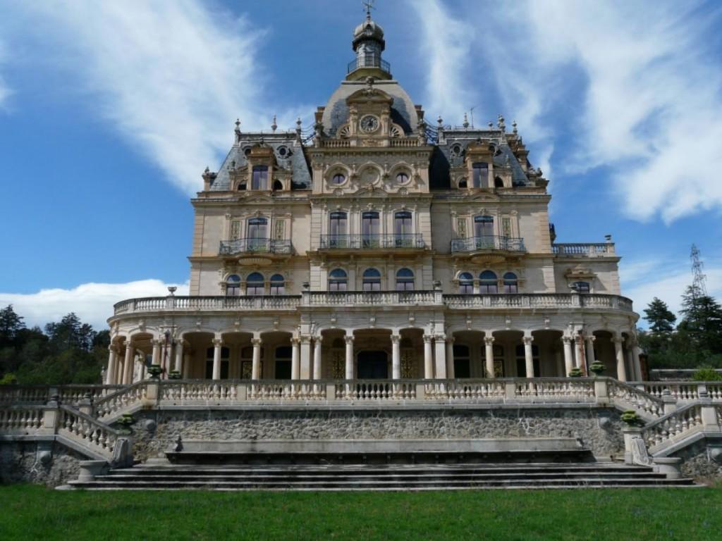 Chateau d'Aubiry1